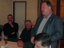 Gemeinderat Christan Schuster bei seiner Rede