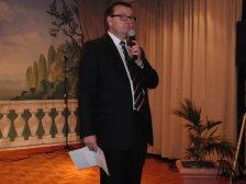 Wolfgang Neubauer singt Stille Nacht