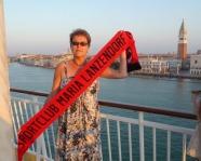 Foto mit Vereinsschal in Venedig