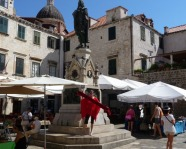 Foto mit Vereinsschal in Dubrovnik