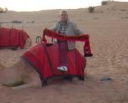 Foto mit Vereinsschal in Dubai