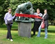 Foto mit Vereinsschal in Kiel