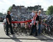 Foto mit Vereinsschal in Amsterdam