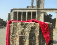 Foto mit Vereinsschal in Pompeji
